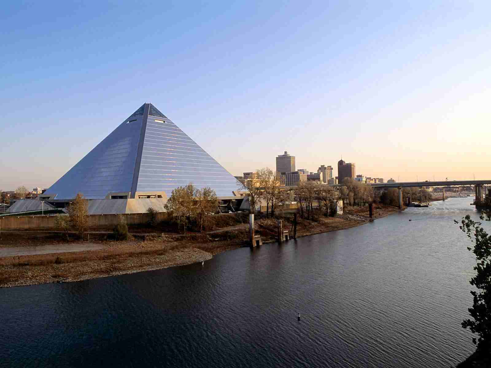 House Building Program Born And Raised In The South Memphis Pyramid The Tomb