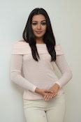 Catherine tresa gorgeous in white-thumbnail-11