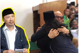 Abu Janda Jadi BUlan-Bulanan Netizen Karena Siap Jihad Kembalikan Deddy Corbuzier Kristen