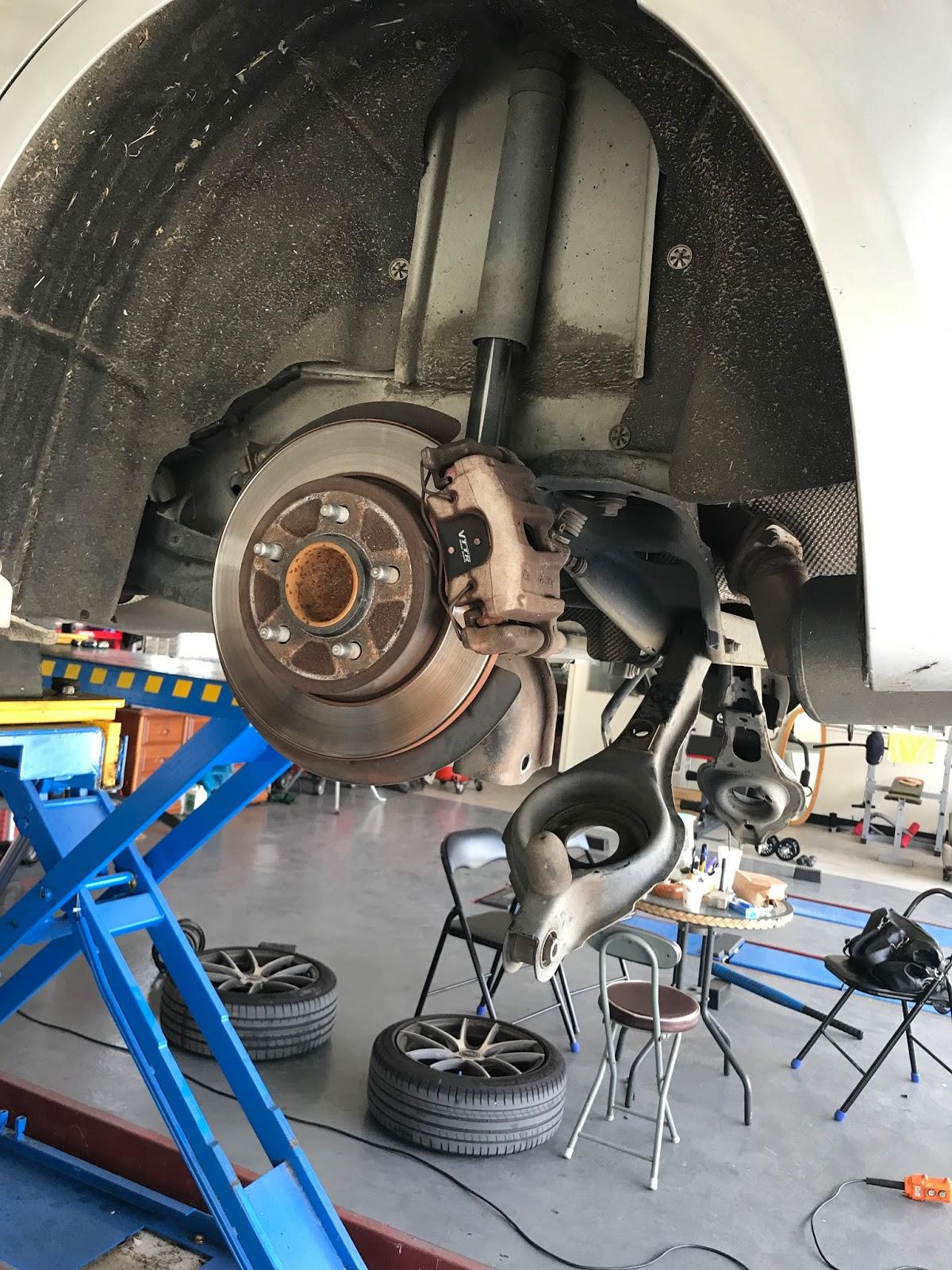 建辰汽車工作室: FOCUS MK2 更換哥尼避震器