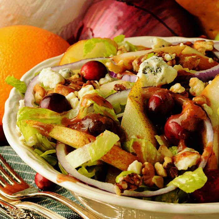 Blue Cheese, Pear, and Walnut Autumn Salad with Cranberry Vinaigrette | Perfect healthy AND delicious dish for your holiday dinners.