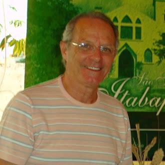 Escritor e Historiador Roberto Pinheiro Acruche