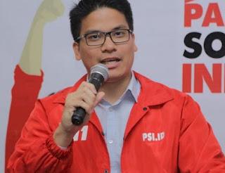 Kocak! Fraksi PSI Ditinggalkan Rame-Rame Oleh Semua Fraksi DPRD DKI Saat Akan Membacakan Pandangan Umumnya