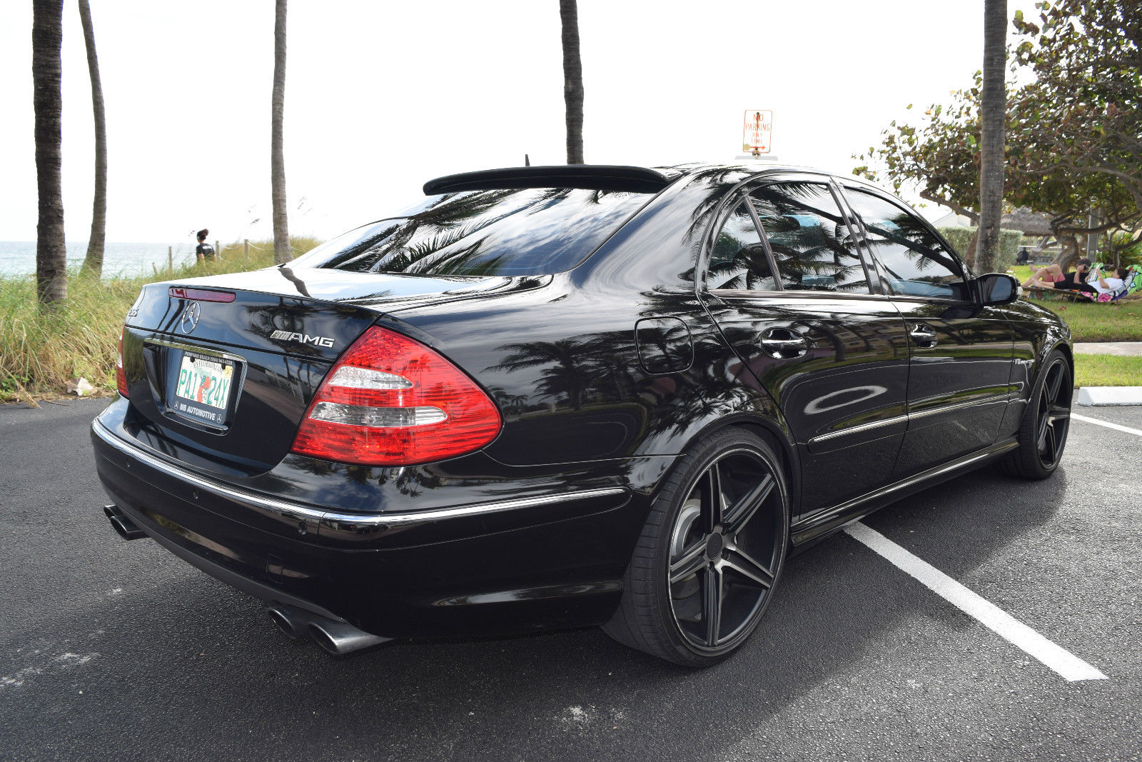 2006 mercedes benz w211 e55 amg on 20 niche wheels benztuning. Black Bedroom Furniture Sets. Home Design Ideas