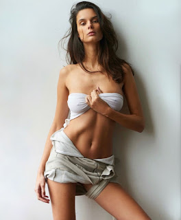 Milos Raonic E S Girlfriend Camille Ringoir Likes Chocolate
