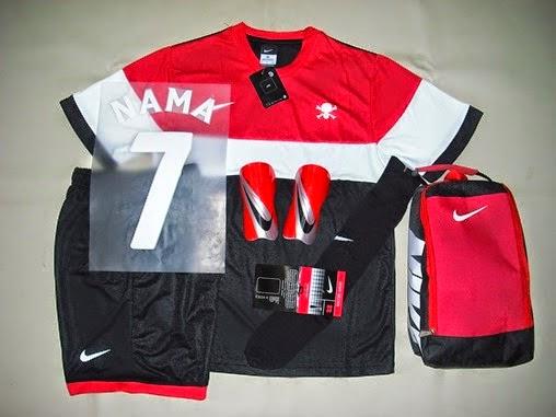 Paket Perlengkapan Futsal Nike Merah Putih Etalazeku Template