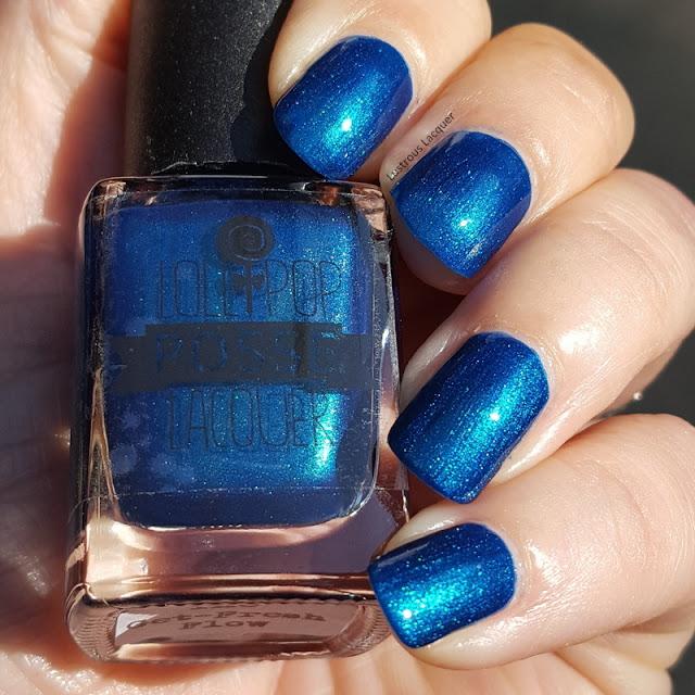Blue-teal-multi-chrome-nail-polish