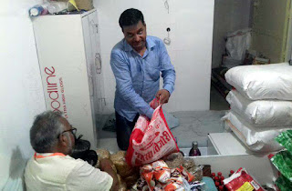 जौनपुर : नर सेवा, नारायण सेवा : अब तक साढ़े 3 सौ से अधिक परिवारों तक पहुंच चुके हैं हमः गणेश साहू | #NayaSabera