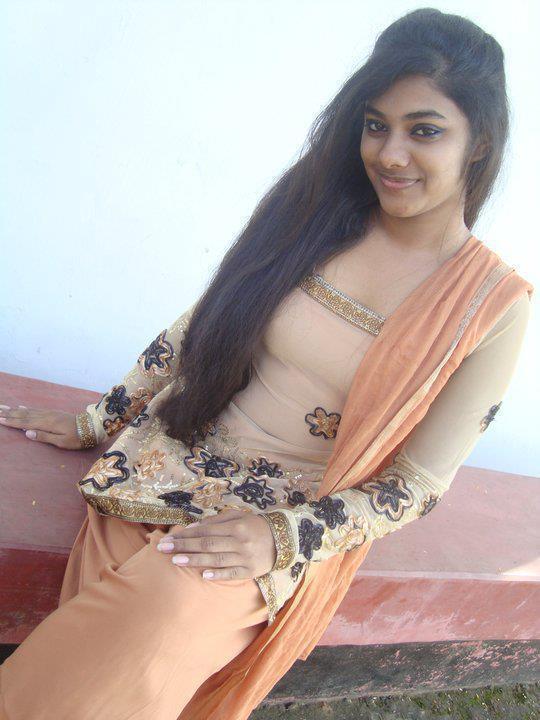 Cute Girls: Indian Cute Girls Photos-11