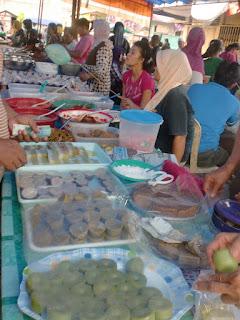 Peluang Meraup Rezeki di Pasar Ramadhan