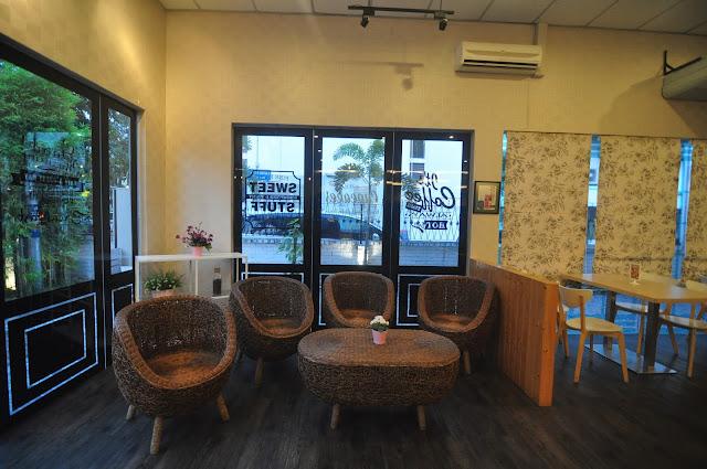 Scrummy Restaurant & Cafe