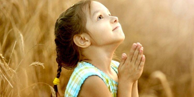 Badai Pasti Berlalu, Tetap Sabar dan Percayakan Semuanya pada Tuhan