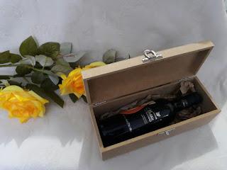caixa estojo  de mdf  para lembrancinhas para vinho
