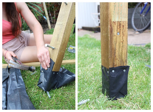 Protecting the bottom of a fence post against rot