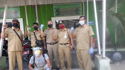 Tim Gugus Tugas Percepatan Pengendalian Covid-19 Kecamatan, Lakukan Penyemprotan Disinfektan