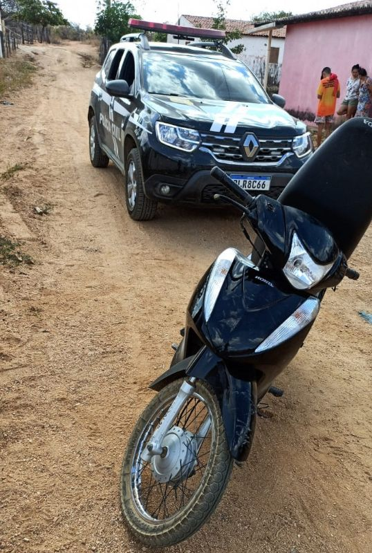 Polícia Civil recupera nesta quarta (22) na zona rural moto furtada em frente à Prefeitura de Bom Sucesso