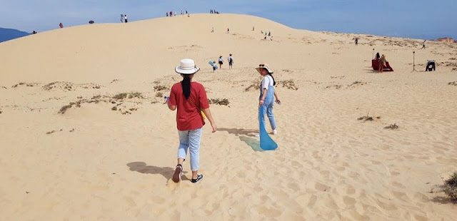 "Sand Dunes In Quang Binh - Where You Can ""Chill"" With ""Sahara Version Vietnam"""