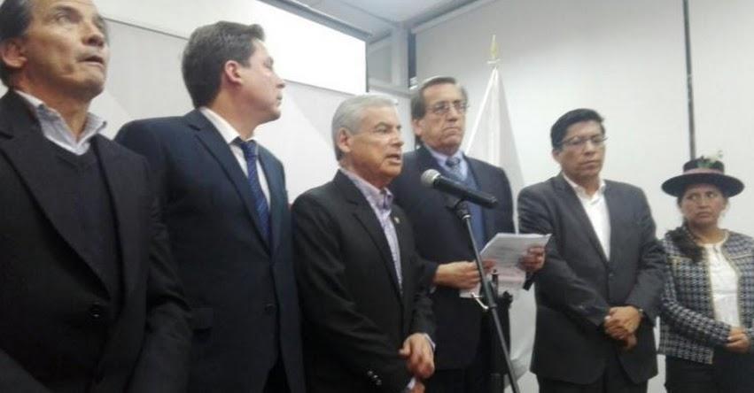 HUELGA MAGISTERIAL: Maestros no firmaron acuerdo con MINEDU porque no quieren ser evaluados, informan congresistas que participaron en la reunión