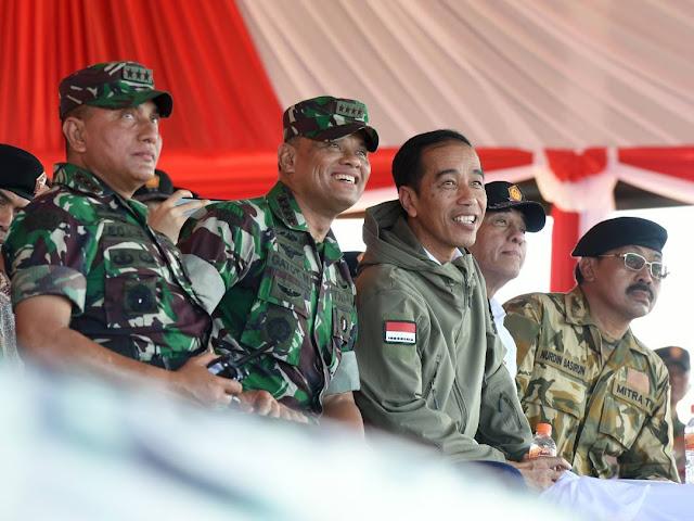 Presiden RI Sangat Bangga Kepada TNI Saat Saksikan Latihan PPRC TNI