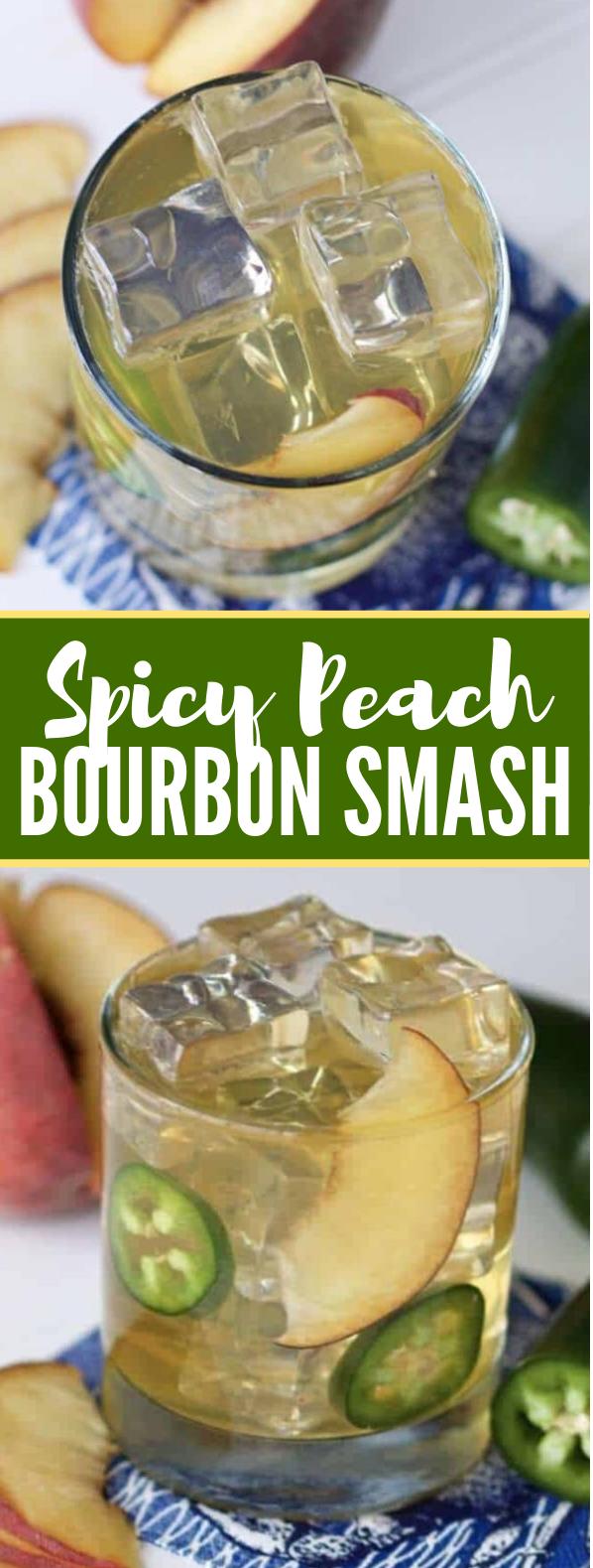 Spicy Peach Bourbon Smash Cocktail Recipe #drinks #whiskey