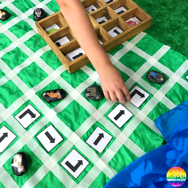 How to bring STEM to your English Lesson in the Early Years - introduce coding in kindergarten during play. FREE printable coding cards to download | you clever monkey