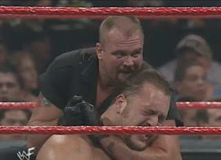 WWE / WWF Over the Edge 1999 - Big Boss Man works over Big Show