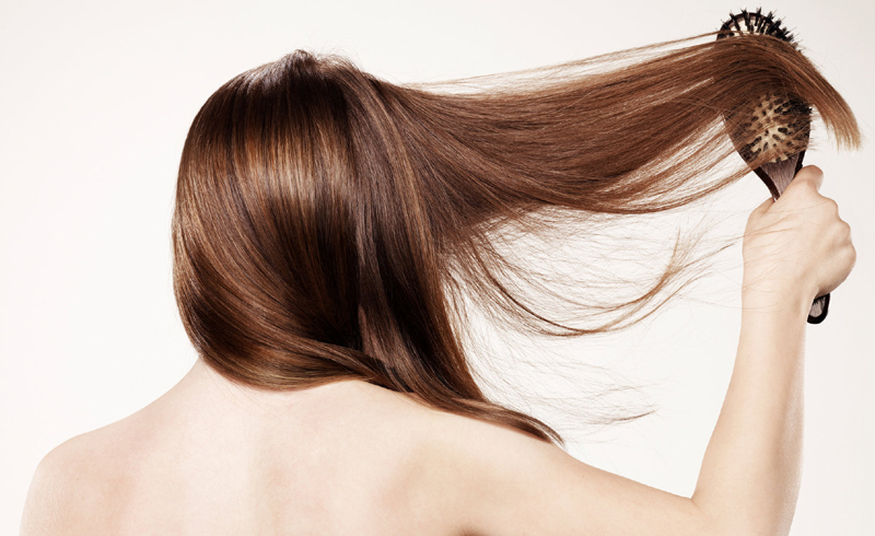 5 Tips for Regrowing Thinning Hair Naturally