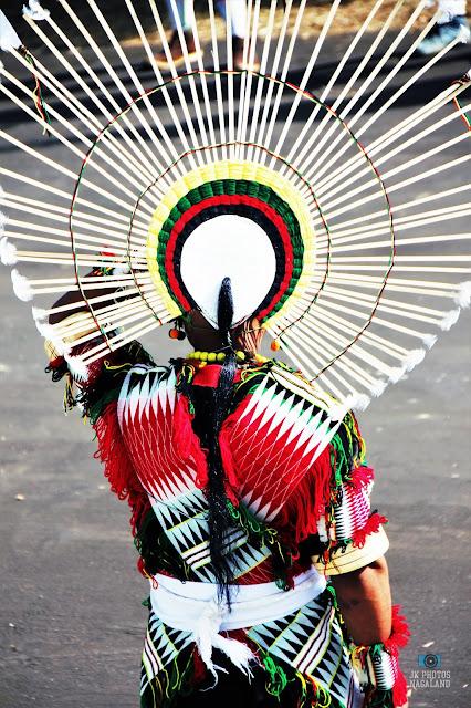 angami-naga-traditional-attire-headgear-2