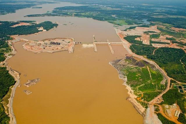 Hidrelétrica de Santo Antônio, no rio Madeira, em Rondônia