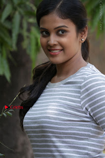 Tamil Actress Chandini Tamilarasan Latest Pos in Ripped Jeansat Ennodu Vilayadu Press Meet  0022.jpg