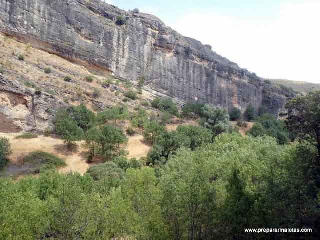 paredes calizas el río Lozoya