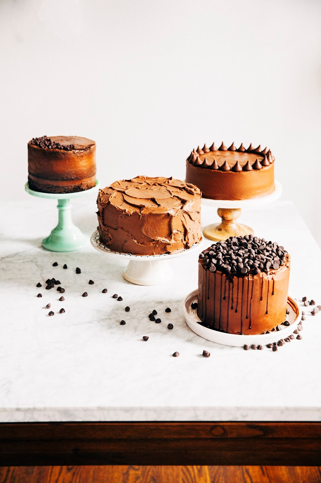 I Ve Partnered With The Hershey Company To Bring You A Quick Guide To Decorating A Cake Beautifully With Just A Handful Of Tools And Ingredients