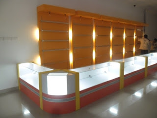 Kontraktor Furniture Etalase Display + Furniture Semarang ( Etalase Display )