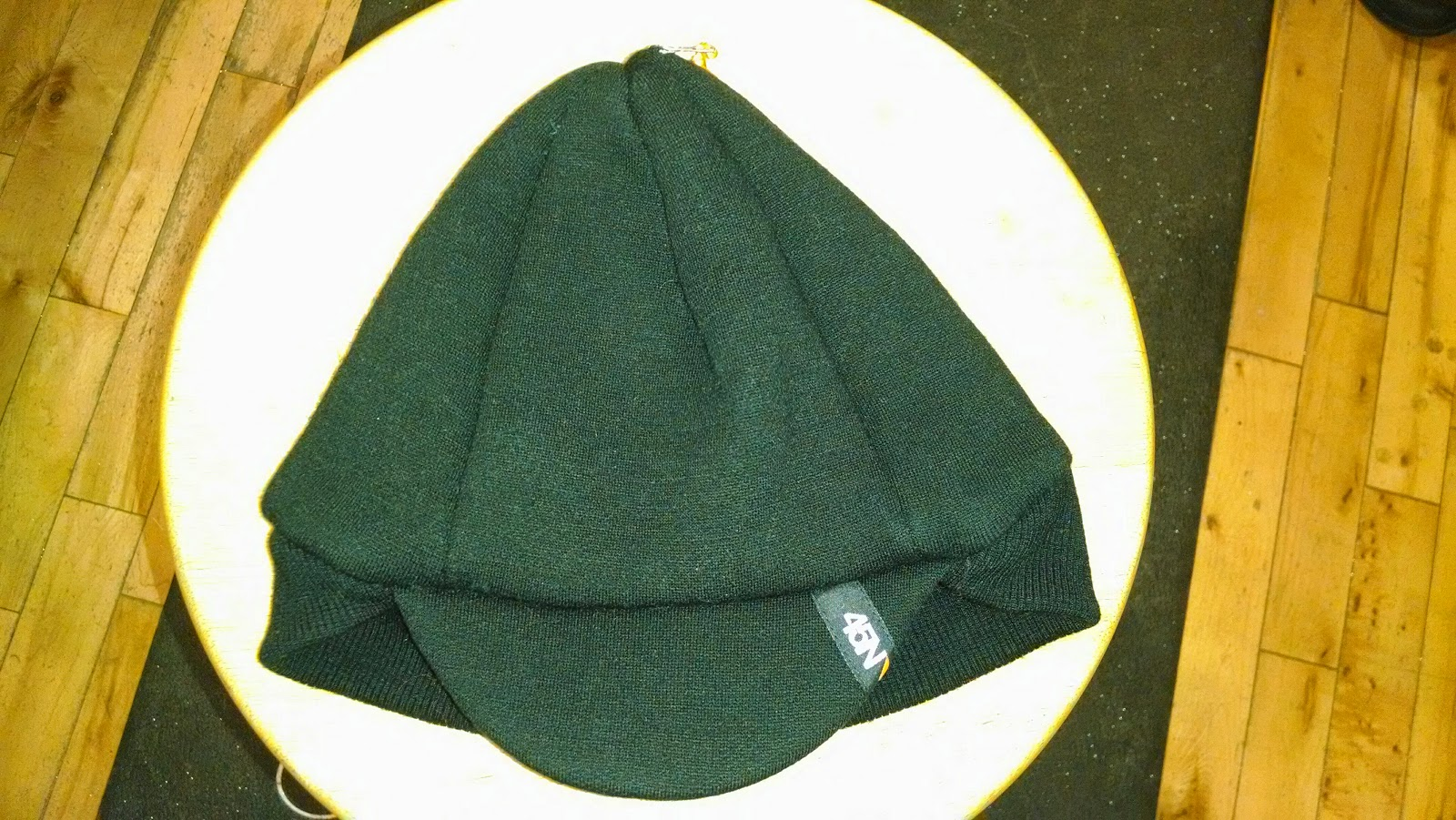 5caabe3dc07  Fleeced wool  Packable brim (makes storage easy)  Fabric  400 gram fleeced merino  wool with light jersey knit lining  7-panel crown (provides maximum ...
