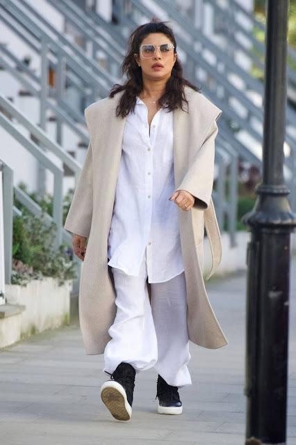 Priyanka Chopra – Seen with her mom Madhu Chopra in London