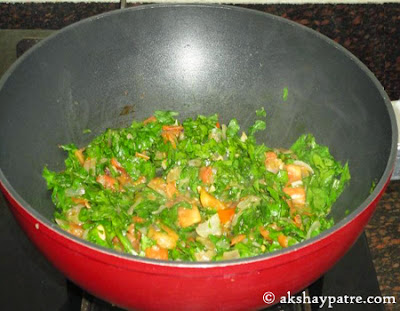palak added for palak pulao recipe