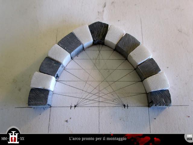L'arco pronto per il montaggio