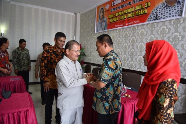 Bupati Ali Mukhni Apresiasi Layanan PT Pos Indonesia Pariaman