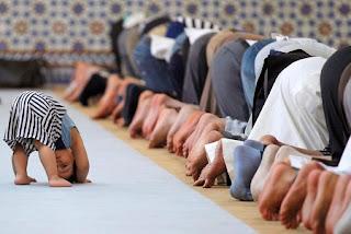 Doa Setelah Shalat Witir Lengkap Arab, Latin dan Terjemahannya