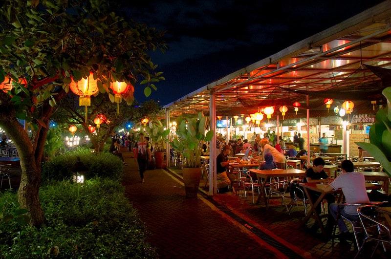 1001 Menu Kuliner di Paskal Food Market Bandung