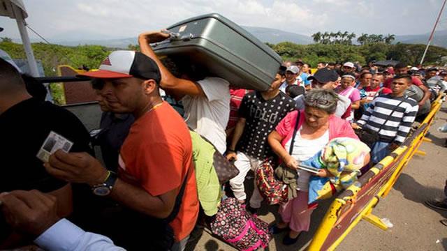 Venezolanos enfermos huyen a Colombia para salvar su vida