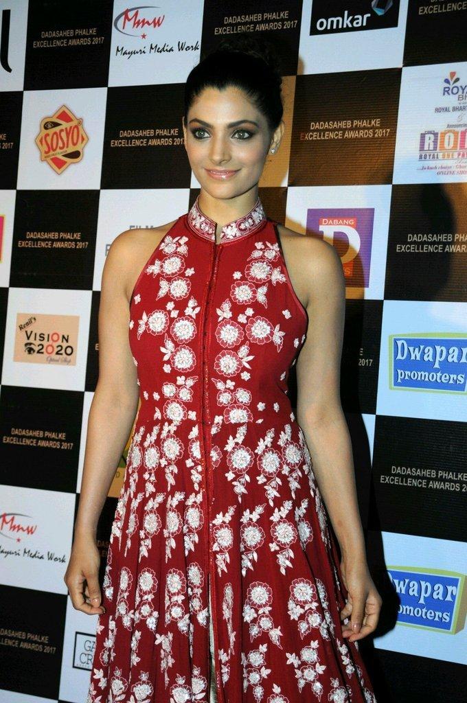 Saiyami Kher In Red Dress At Dadasaheb Phhalke Awards 2017