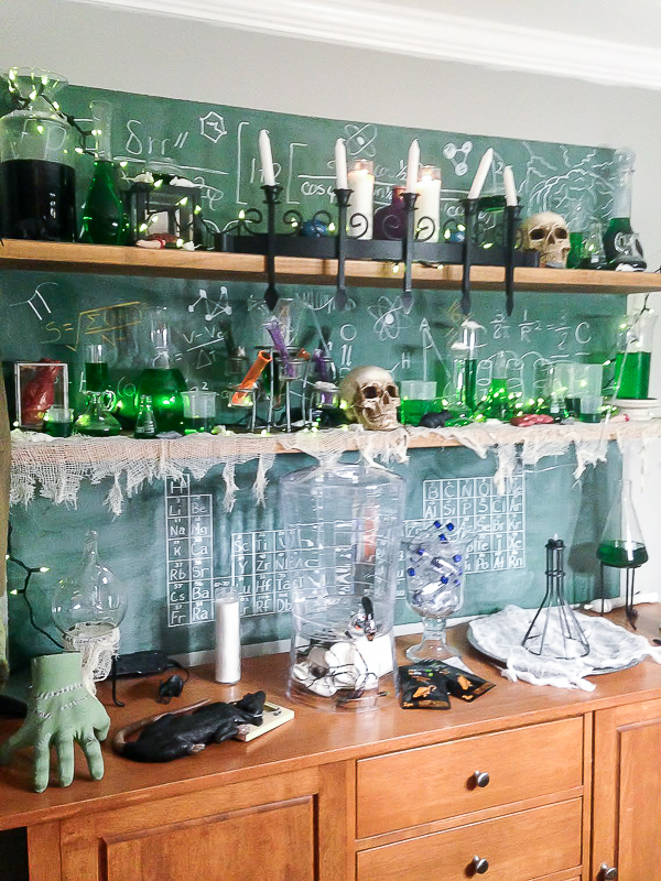 Mad scientists lab