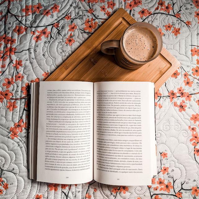 livro sobre os ossos dos mortos