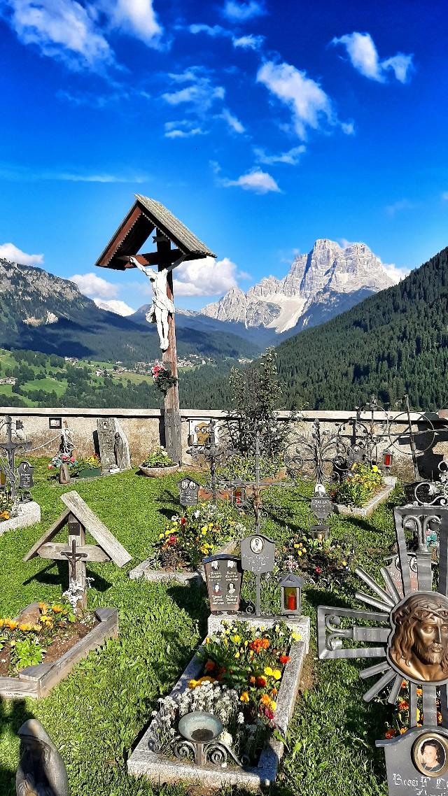 cimitero colle santa lucia