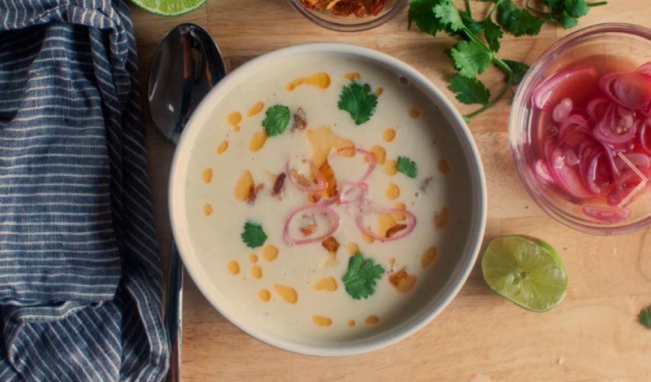 soupe de maïs et de noix de coco