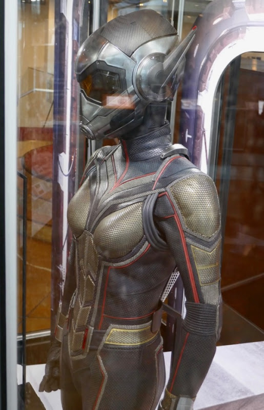 Ant-Man and Wasp hero suit