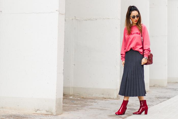 Tendencias Streetstyle La nueva forma de llevar la sudadera, con falda midi