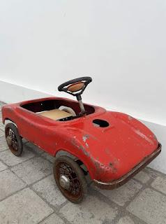 Dijual mainan antik mobil-mobilan