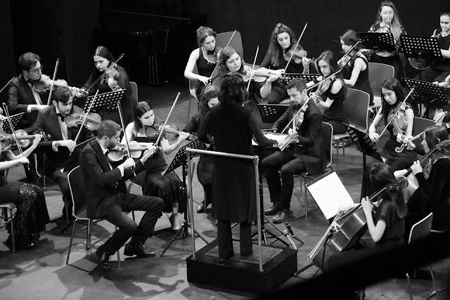 agora gençlik senfoni orkestrası